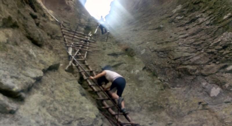 Усетете енергията на Свещената планина Родопи чрез триадата Белинташ - Кръстова гора - Караджов камък