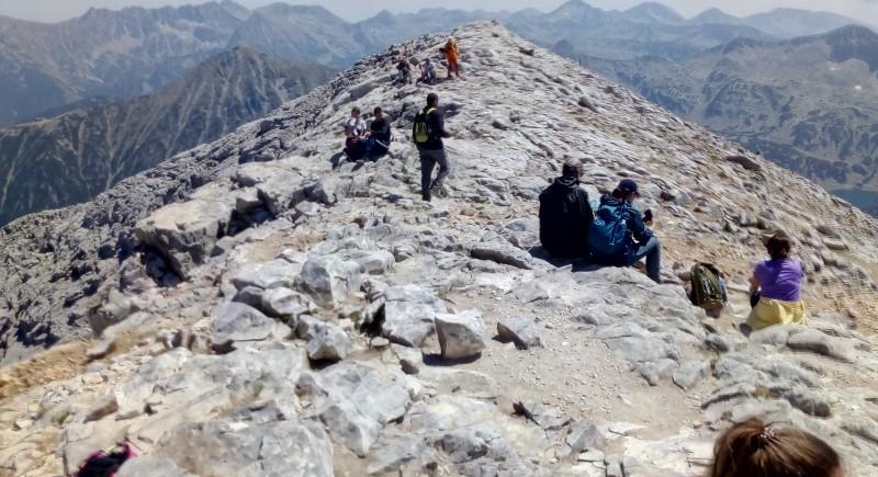 Покорете един от първенците на България -  връх Вихрен
