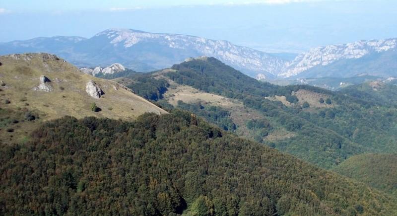 Трънското ждрело и връх Руй