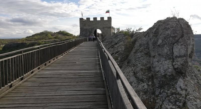 Забележителности около Провадия. Крепости, манастири и...