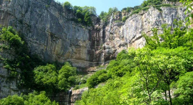 Омайната красота на Искърското дефиле. Природен парк Витоша и Черни връх.